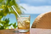 Mojito en un bar de playa