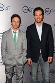 LOS ANGELES - JUL 24:  Breckin Meyer, Mark-Paul Gosselaar arrives at TNT's 25th Anniversary Party at