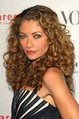 LOS ANGELES - NOVEMBER 13: Rebecca Gayheart at the opening of the Carolina Herrera Los Angeles Bouti