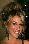 BEVERLY HILLS - NOVEMBER 29: Haylie Duff at the