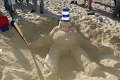 SANTA MONICA, CA - DECEMBER 02: Eric Gagne's Sand Snowman at Kohl's Holiday Sandman Building Competi