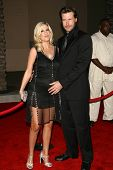 LOS ANGELES - NOVEMBER 21: Tori Spelling and Dean McDermott at the 34th Annual American Music Awards at Shrine Auditorium November 21, 2006 in Los Angeles, CA