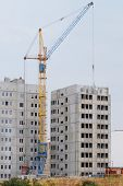 the image of crane builds the building