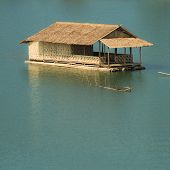 picture of houseboats  - The bamboo houseboat floating in the river - JPG