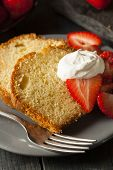 picture of pound cake  - Homemade Pound Cake with Strawberries and Cream - JPG