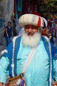 Man dressed like an Ottoman