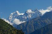 Thamserku Peak