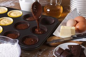 foto of chocolate muffin  - processes of preparation of chocolate muffins close - JPG