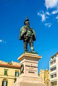 image of emanuele  - Statue of Vittorio Emanuele II in Pisa  - JPG