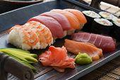Prato de sushi