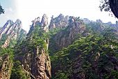Spectacular Rocks And Peaks Of  Huang Shan Mountains