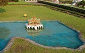 Phra Thinang Aisawan Thiphya - Art In Mini Siam Park