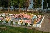 Wat Phra Srisunpetch In Mini Siam Park