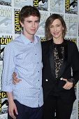 SAN DIEGO - JUL 25:  Freddie Highmore, Vera Farmiga at the