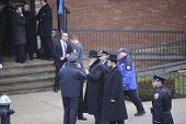 Chabad rebbe arrives at mortuary