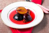 Plums With Cinnamon And Cloves