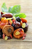 pic of apricot  - Assorted dried fruits  - JPG