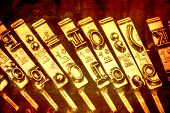 picture of groping  - keys of an old typewriter - JPG