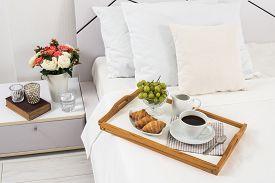 image of breakfast  - Breakfast in bed - JPG