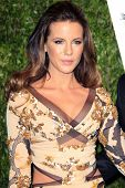 LOS ANGELES - FEB 26:  Kate Beckinsale arrives at the 2012 Vanity Fair Oscar Party  at the Sunset Tower on February 26, 2012 in West Hollywood, CA