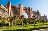 DUBAI, Emirados Árabes Unidos - 31 de janeiro: Atlantis, o Palm hotel em Dubai, Emirados Árabes Unidos em 31 de janeiro de 2012. Hotel com um a