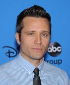 LOS ANGELES - AUG 04:  Seamus Dever arrives to ABC All Star Summer TCA Party 2013  on August 04, 2013 in Beverly Hills, CA