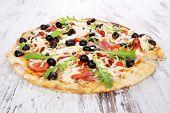 Delicious Pizza.