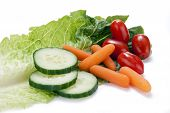 Verduras en una hoja de lechuga