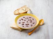beans cream soup with dried grape