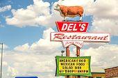 Del's Restaurant Sign