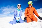 image of family ski vacation  - skiing and snowboarding - JPG