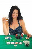 Постер, плакат: Красивые счастливая женщина столом казино