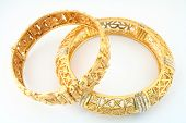 image of dowry  - a pair of 22k gold bracelets in the arab or indian fashion - JPG