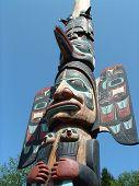 picture of indian totem pole  - totem pole in Juneau taken summer 2003 - JPG