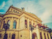 Retro Look Alte Oper In Frankfurt