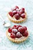 picture of tarts  - Little mascarpone tart with raspberries - JPG