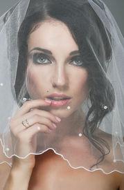 pic of yashmak  - Wedding - JPG