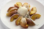 apples with caramel and ice cream