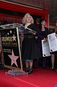 LOS ANGELES - AUG 11: Jane Wiedlin bei der Zeremonie für die Go-Go-Star auf der Hollywood Walk of Fa
