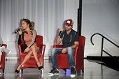 LOS ANGELES - APR 30:  Jennifer Lopez, Enrique Iglesias at a press conference to announce their Summ