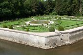 pic of poitiers  - Gardens at Chateau Chenonceau in the Loire Valley of France - JPG