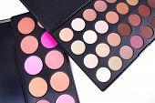 Professional Eyeshadows And Make-up Corrector