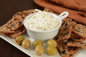 pic of crisps  - Gourmet fig and olive crisps with a cream cheese dip - JPG