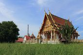 temple at Wat Khumkaeo