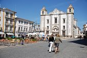 Do Giraldo Square In Evora, Portugal.