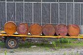 Set Old Rusty Barrel Fuel