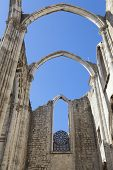 image of carmelite  - The central nave of the Convento do Carmo in Lisbon - JPG