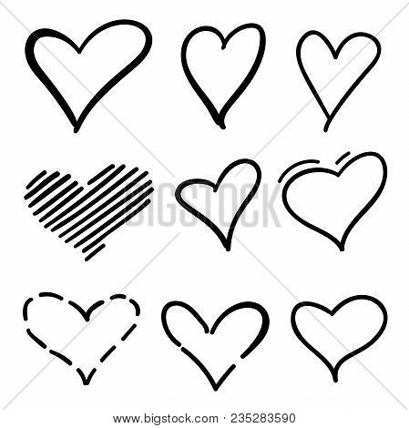 set of outline hand drawn heart icon hand drawn doodle grunge hearts