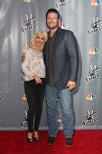 LOS ANGELES - NOV 7:  Christina Aguilera, Blake Shelton at the The Voice Season 5 Judges Photocall a