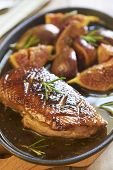 Roasted duck breast with figs in wine sauce